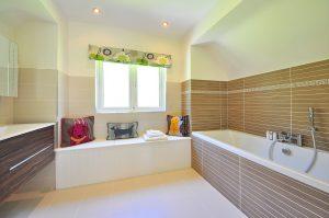 Plafondplaten Badkamer Kunststof : Met badkamer plafond platen aan de slag tijdens het klussen